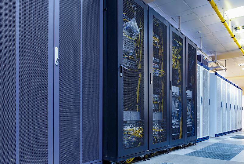 Solutions optiques haute densité pour les data centers