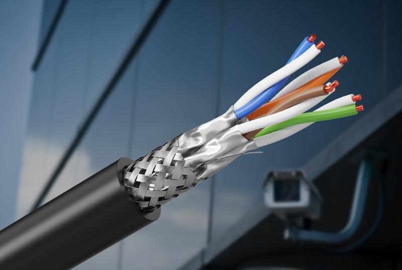 Facilitateur de convergence : le nouveau câble Cat6A S/FTP AWG26 intérieur/extérieur